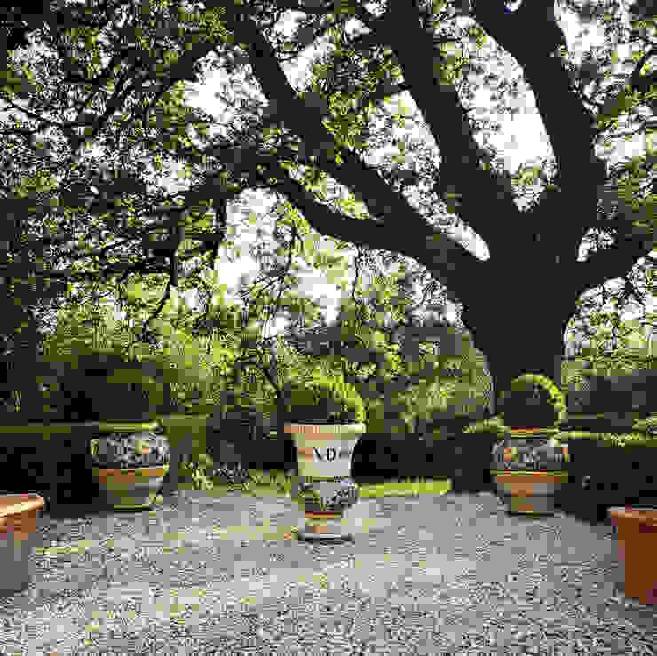 Orci e coppe collezione Versailles VillaDorica GiardinoFioriere & Vasi Ceramica Verde