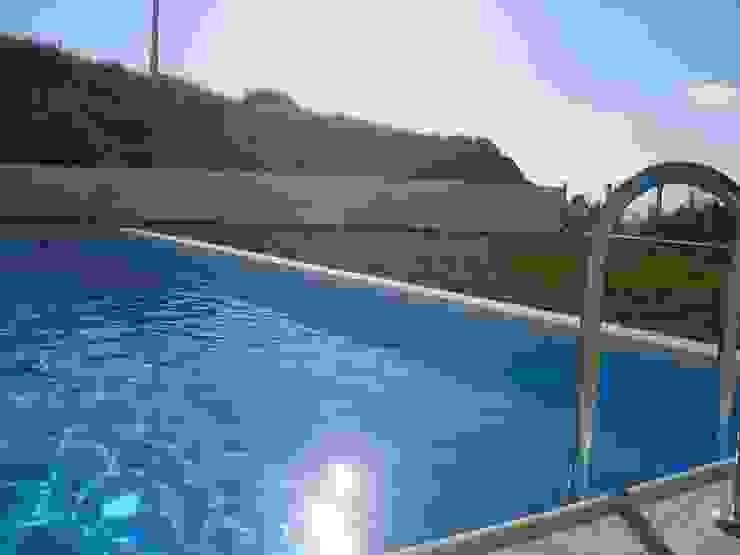 Marvic Projectos e Contrução Civil Modern Pool