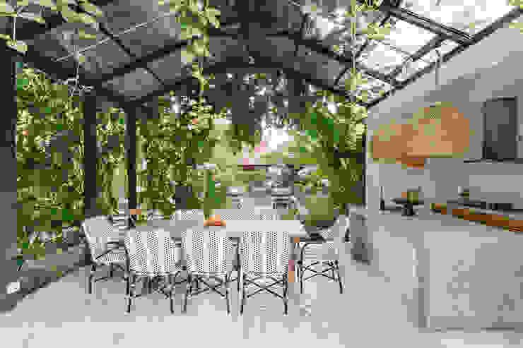 Inspirationen und Ideen zur modernen Terrassengestaltung PuroVivo Moderner Balkon, Veranda & Terrasse