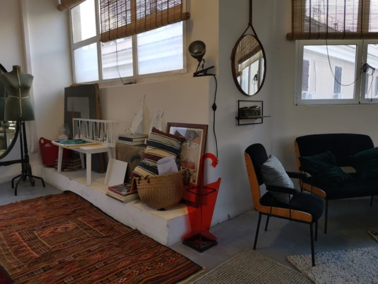 Limac Design Koridor & Tangga Modern Kaca Brown