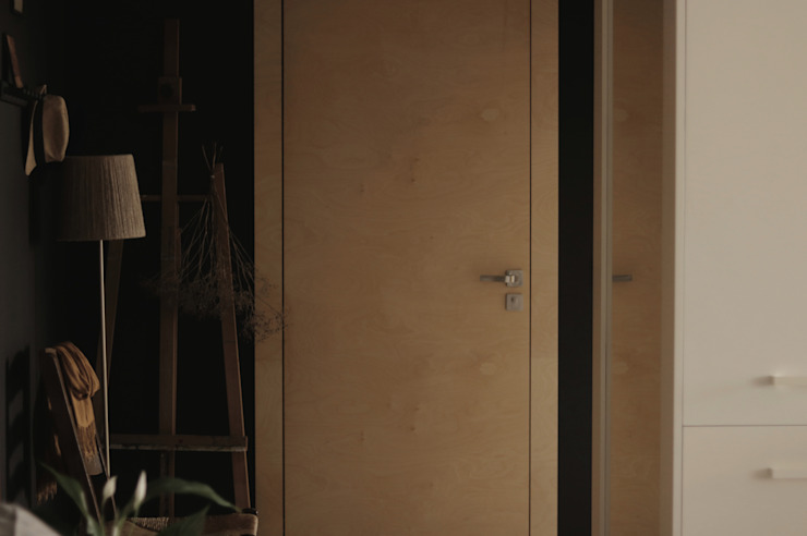JENO Pracownia Projektowania Naturalnego Eclectic style corridor, hallway & stairs