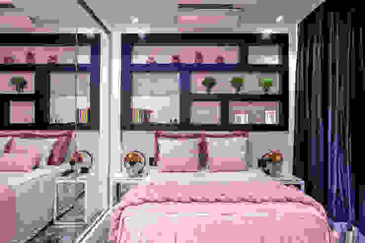 Designer de Interiores e Paisagista Iara Kílaris Kamar Tidur Modern