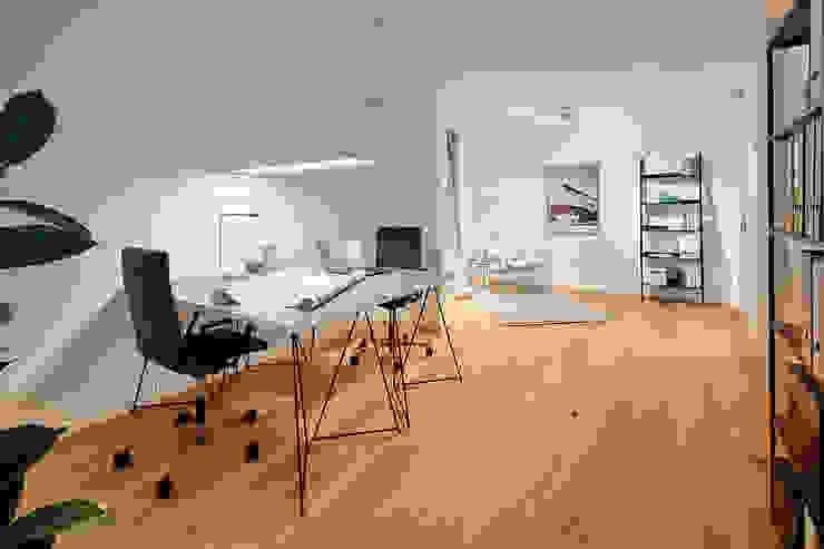 Home Staging Bavaria Study/officeDesks Wood White