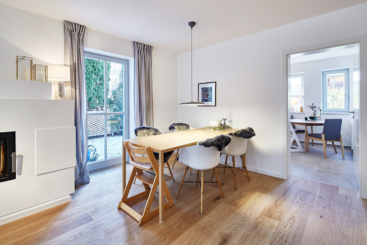 Home Staging Bavaria Dining roomTables Wood Beige