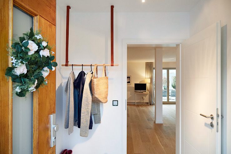 Home Staging Bavaria Corridor, hallway & stairsClothes hooks & stands Leather Beige