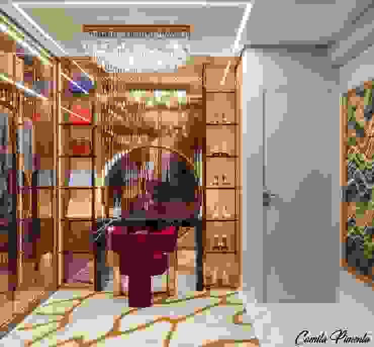 Closet Camila Pimenta | Arquitetura + Interiores Closets Madeira Bege