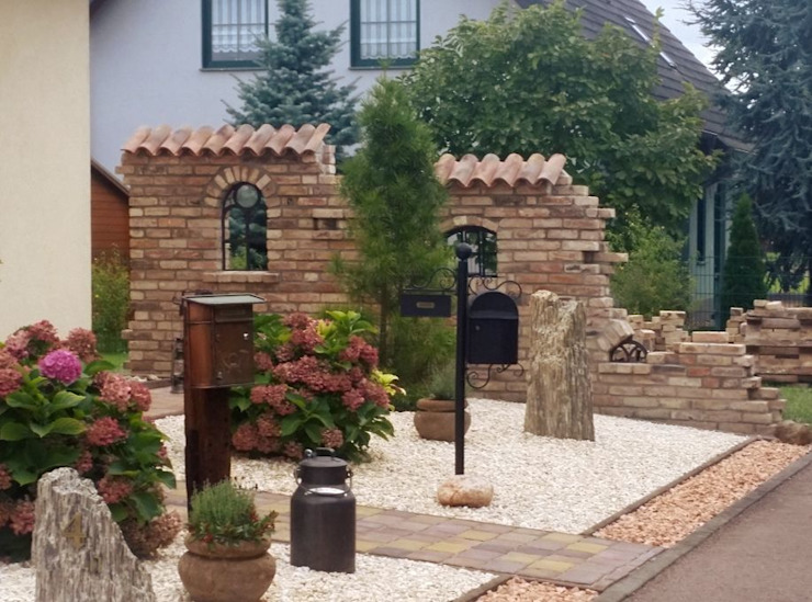 Sichtschutz im Vorgarten Antik-Stein Vorgarten