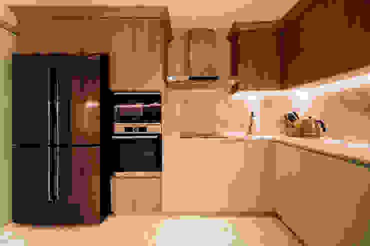 Woodgrove Mr Shopper Studio Pte Ltd Modern kitchen