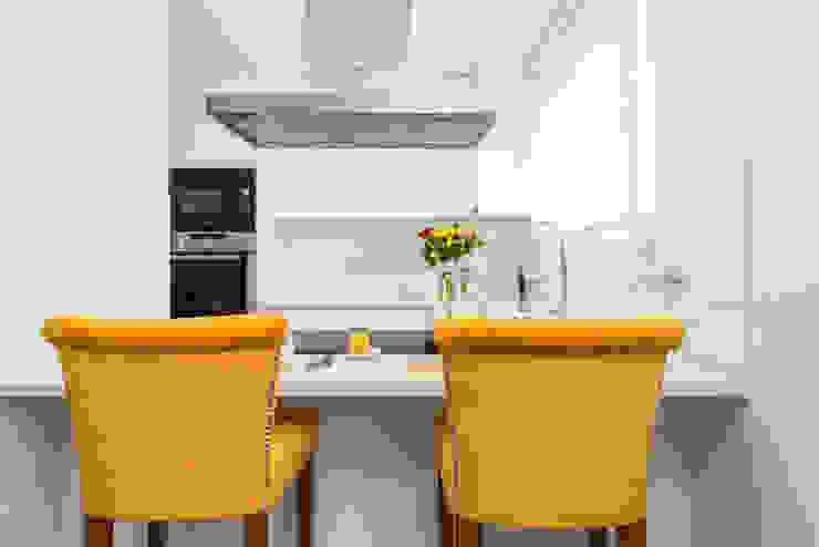 Fotorreportagem de Apartamento Remodelado HOUSE PHOTO Cozinhas modernas