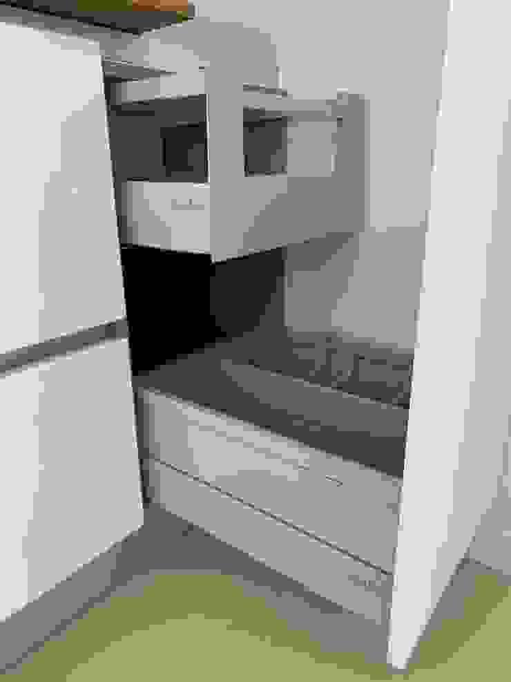 ADN Furniture CucinaUtensili da cucina