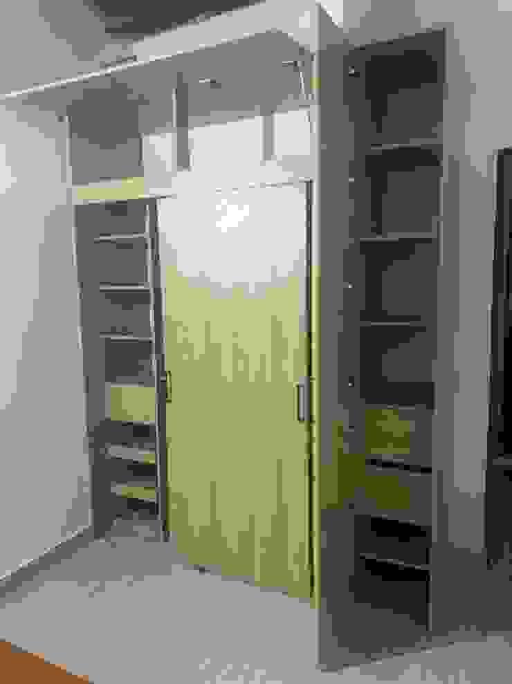 spatium consilium Modern style bedroom Chipboard