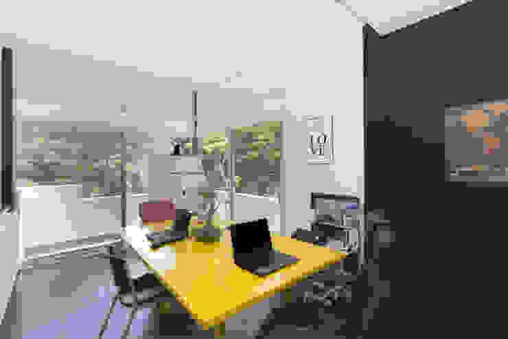 LOFT PARAISO - ESTUDIO Struo arquitectura Estudios y despachos modernos Amarillo