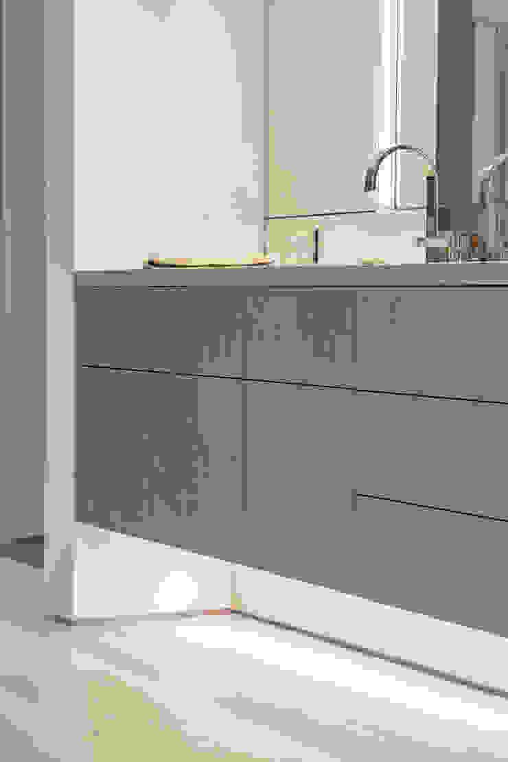 Mobile lavabo della camera padronale in Sicomoro TM Italia Bagno moderno Legno