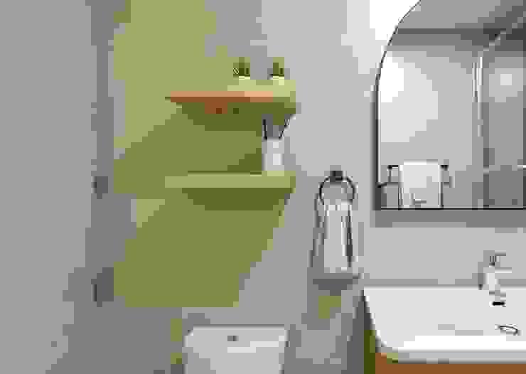 Baño - Proyecto Vallenar Gabi's Home Baños de estilo clásico Turquesa