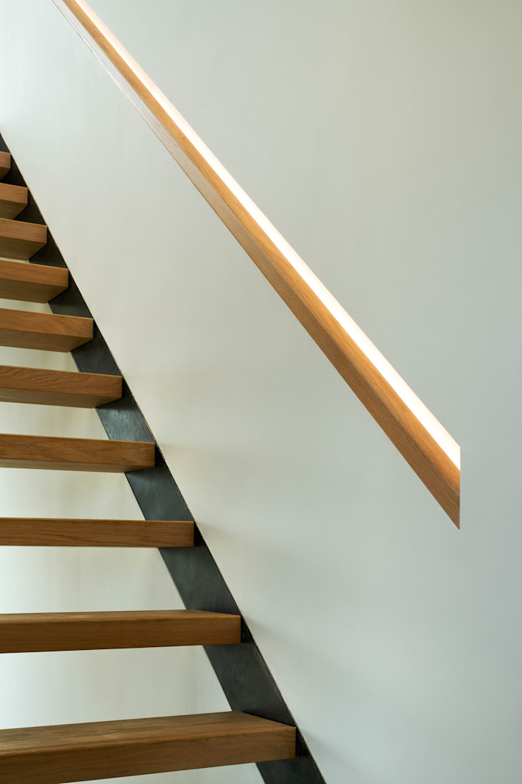 Staircase detail Brown & Brown Architects Stairs