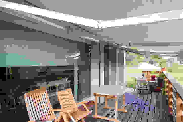 Facciata in vetro e veranda Biocasanatura - case in legno Casa di legno Legno