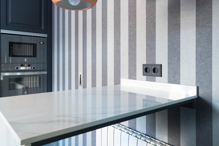 Estudio RYD, S.L. Kitchen units Granite White