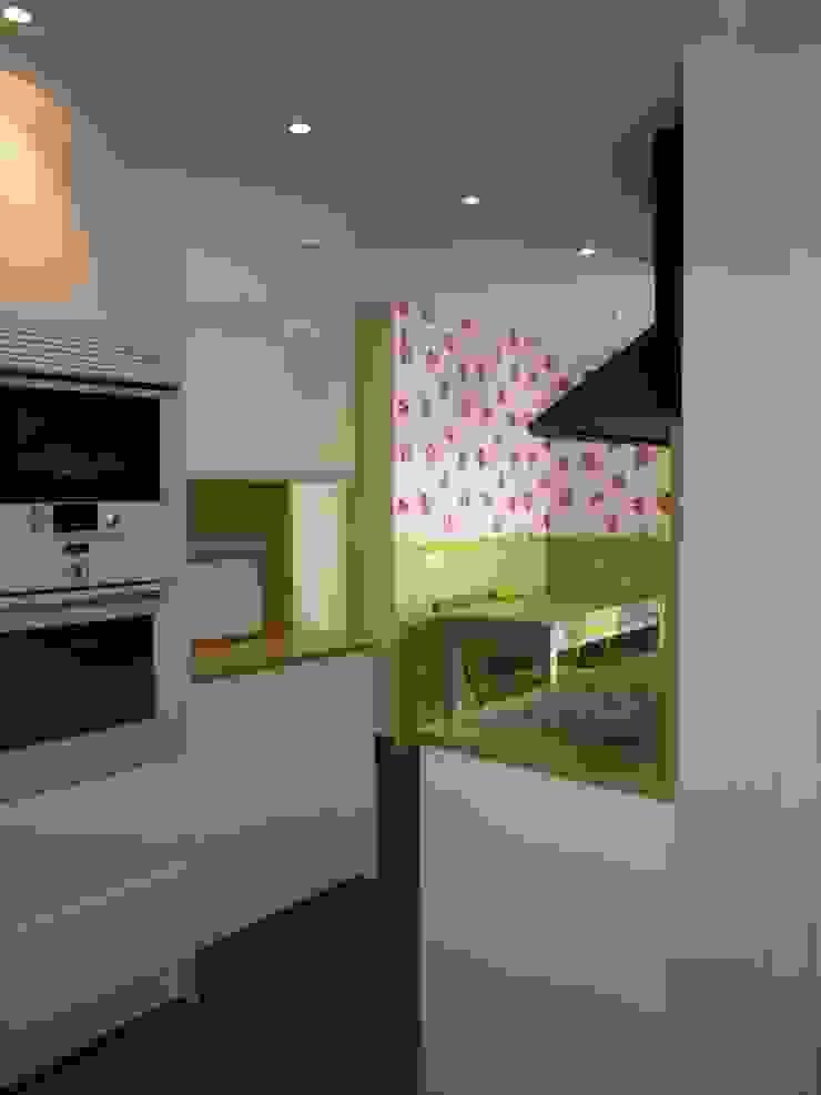 Estudio RYD, S.L. Small kitchens Wood Green