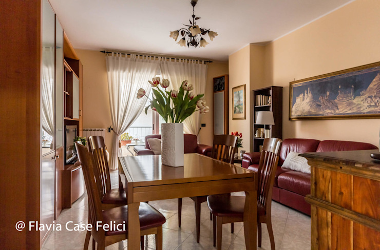 Flavia Case Felici Salas de estilo clásico