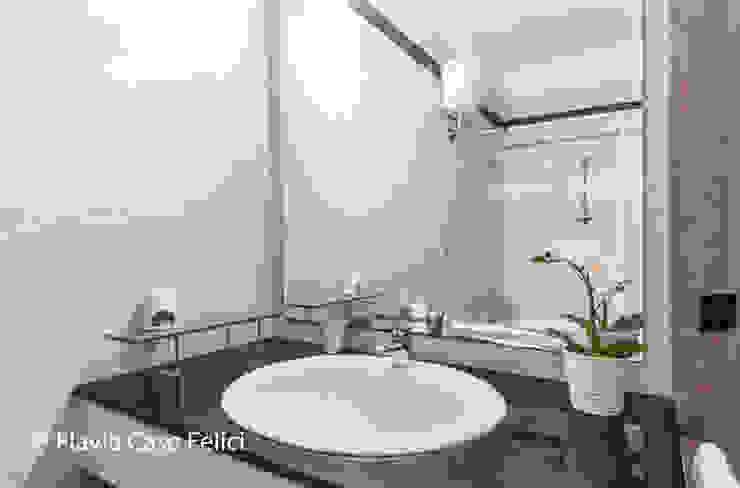 Flavia Case Felici Baños de estilo clásico