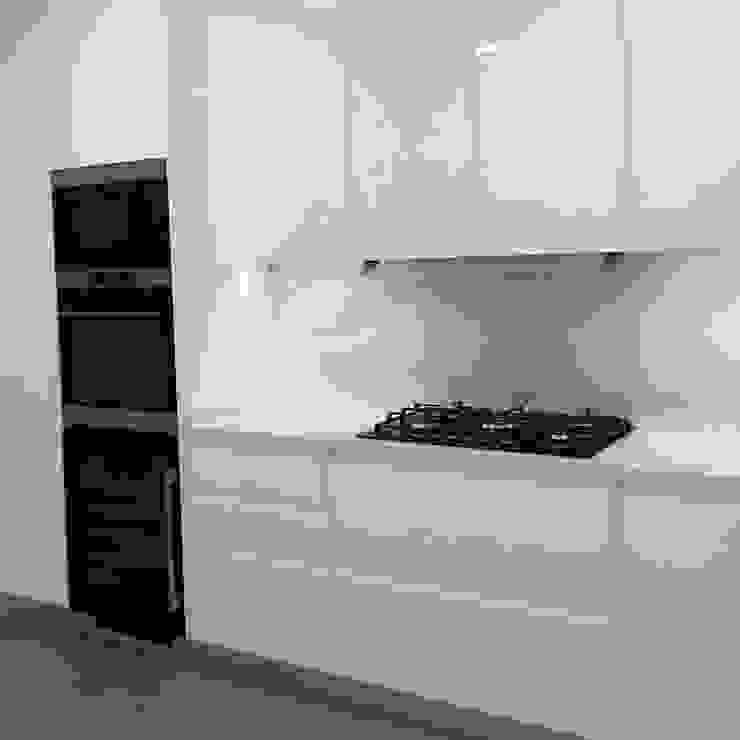 DIONI Home Design Ankastre mutfaklar Kuvars Beyaz