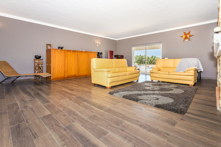 Janine Martins - Consultora Imobiliária | Arquitecta | Home Staging Modern Dining Room