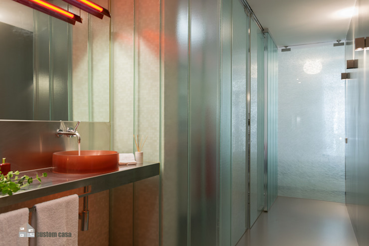 custom casa home staging Industrial style bathroom
