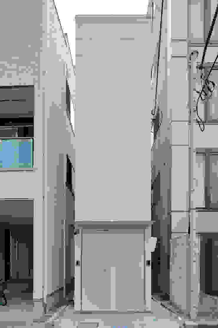 another APARTMENT LTD. / アナザーアパートメント Будинки
