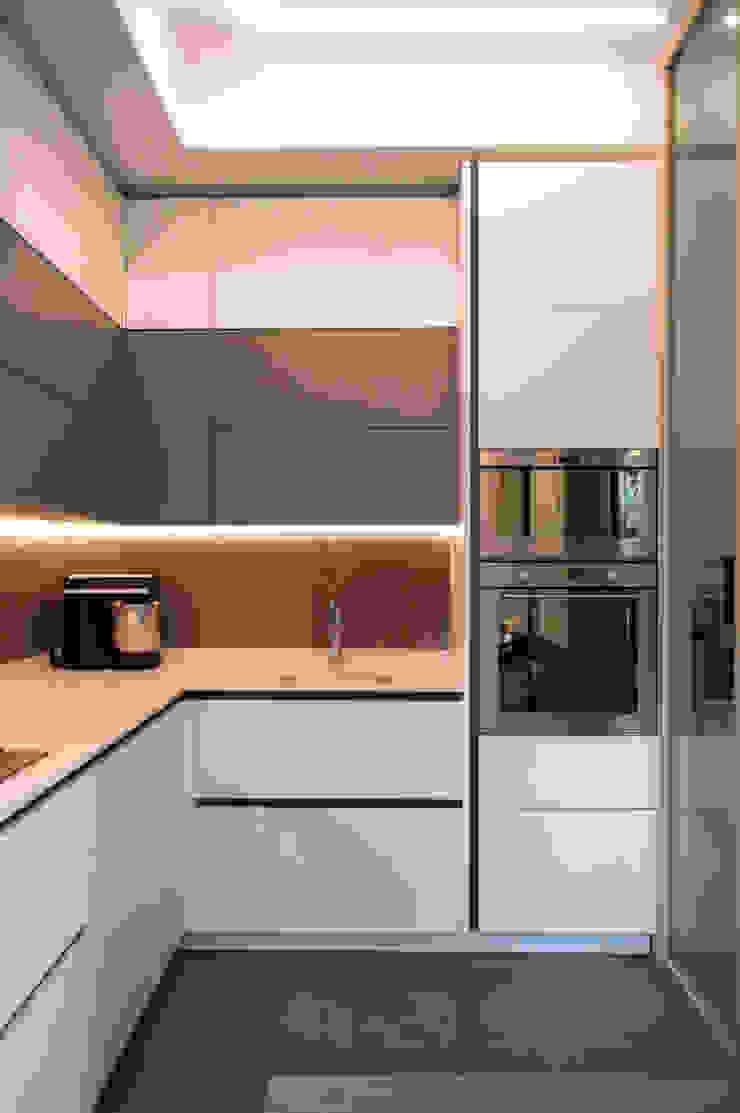 LA CUCINA OPA Architetti Cucina attrezzata MDF Bianco