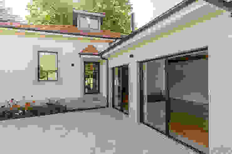 Depois - Pátio exterior - Casa em S. Mamede (arquitetura) - SHI Studio Interior Design ShiStudio Interior Design