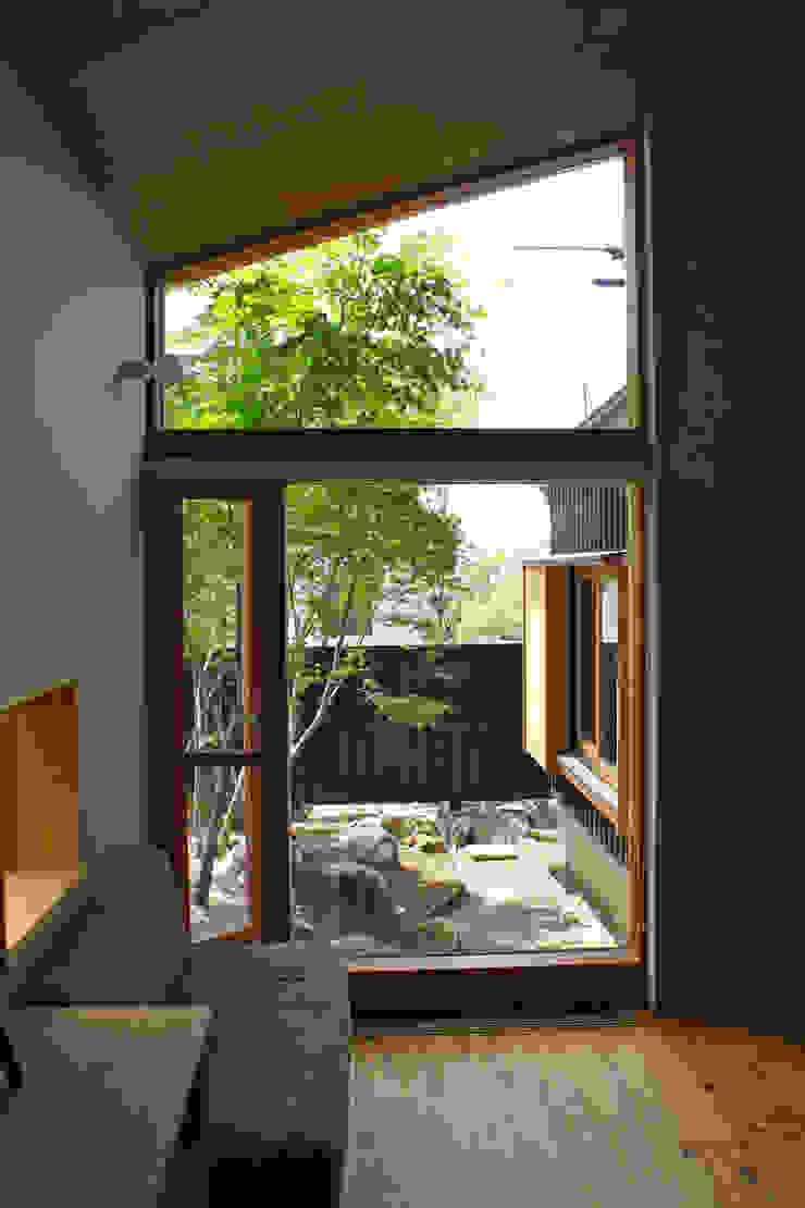 北村建築設計事務所 Modern Windows and Doors
