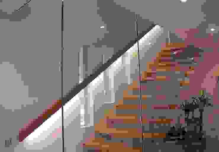 LED-Strip für Treppengeländer Skapetze Lichtmacher Treppe