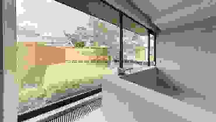 大洲城を眺望できる温浴施設(コンテナ建築) ON FOCUS株式会社 モダンなホテル