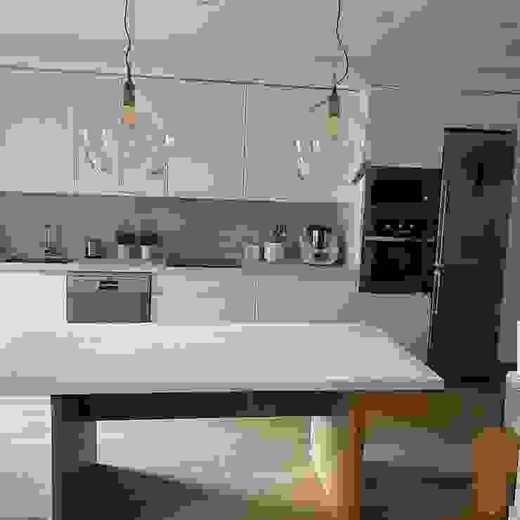 Muebles de Cocina Aries Cozinhas embutidas Branco