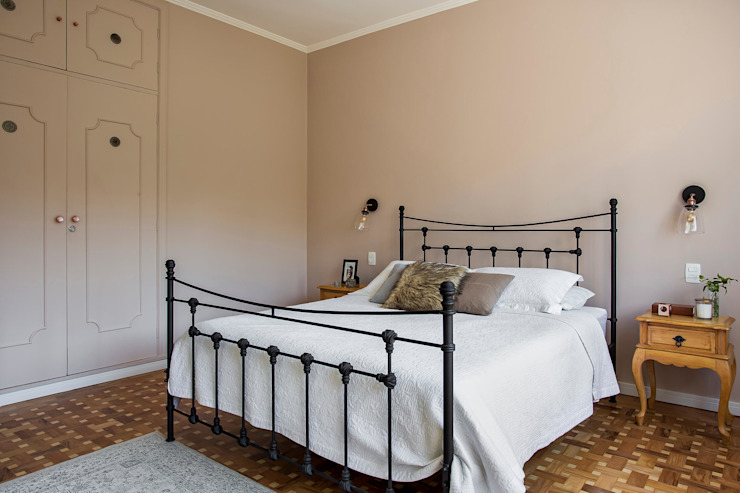 Palladino Arquitetura Rustic style bedroom