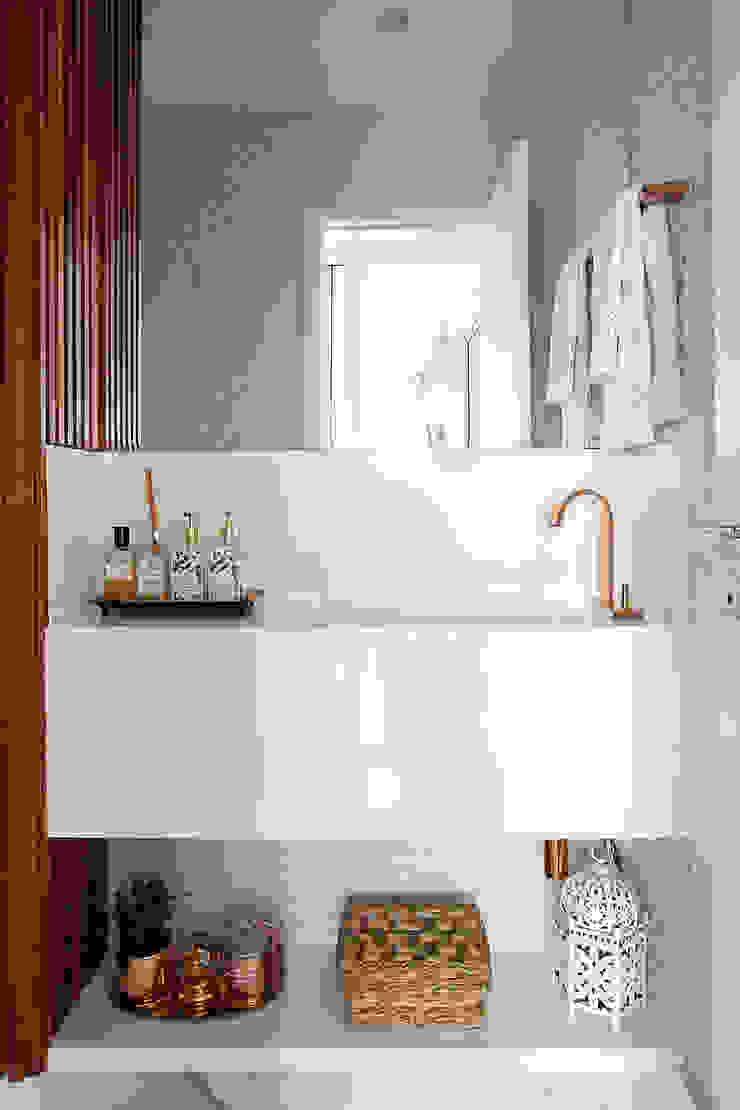 Palladino Arquitetura Rustic style bathroom
