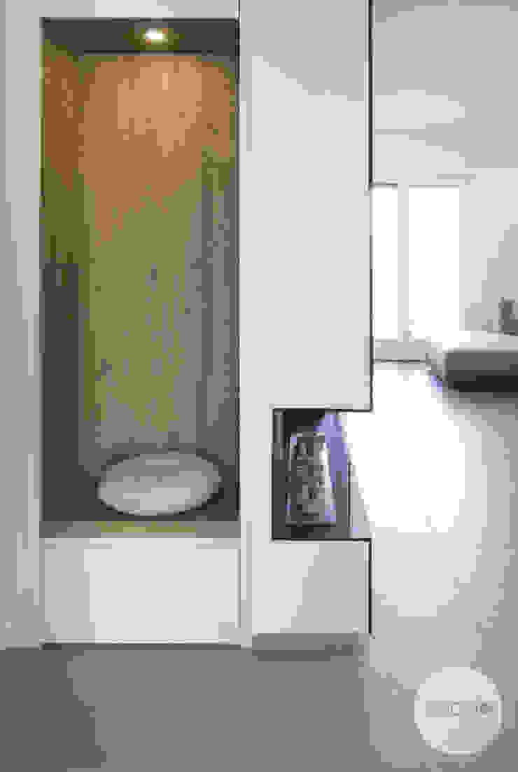 panca e guardaroba Spazio 14 10 Ingresso, Corridoio & Scale in stile moderno