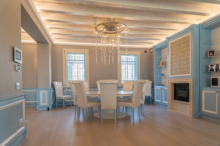 Brummel Rustic style dining room Wood