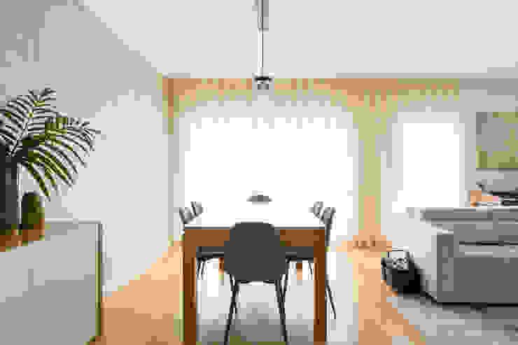 Sala de Jantar   Apartamento T2   Oeiras Traço Magenta - Design de Interiores Sala de jantarAcessórios e decoração Bege