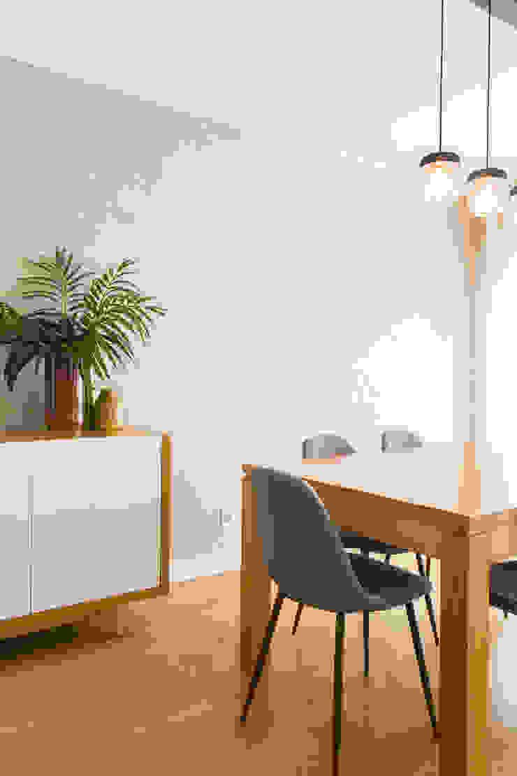 Sala de Jantar   Apartamento T2   Oeiras Traço Magenta - Design de Interiores Sala de jantarAcessórios e decoração