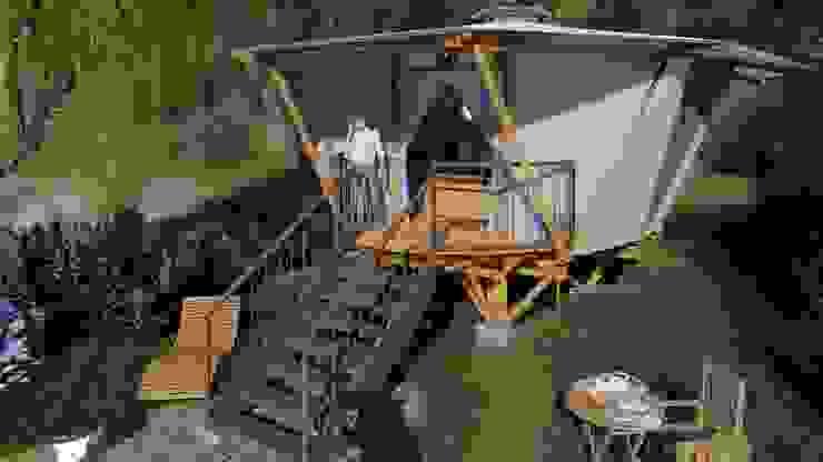 IMZA Arquitectura Small houses Bamboo White