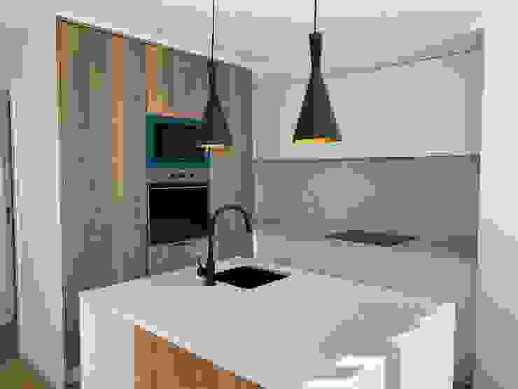 Cozinha moderna Home 'N Joy Remodelações Cozinhas modernas