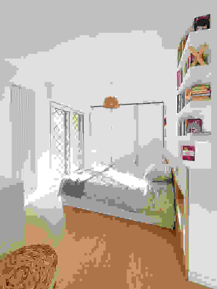 Camera matrimoniale luminosa Spazio 14 10 Camera da letto moderna