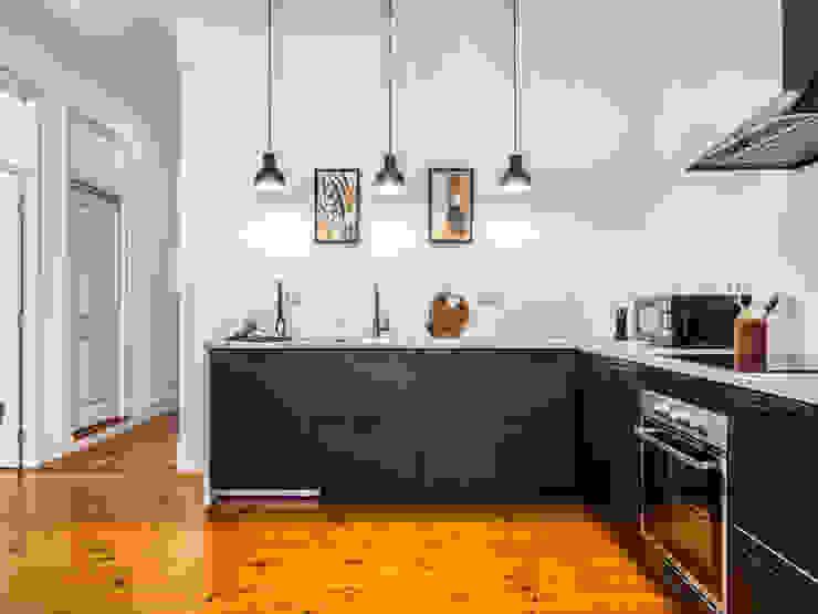Cozinha - Decoração LOFT . DESIGN HOME STAGING CozinhaArmários e estantes