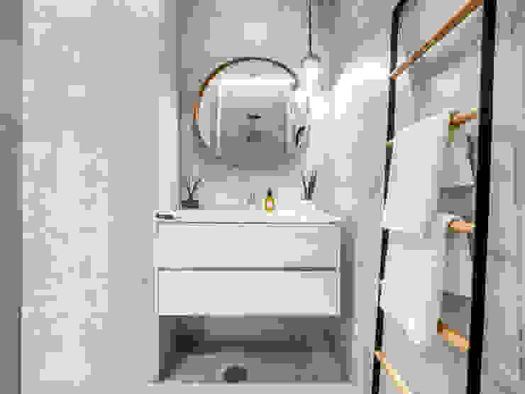 Decoração Casa de banho LOFT . DESIGN HOME STAGING Casa de banhoArmários