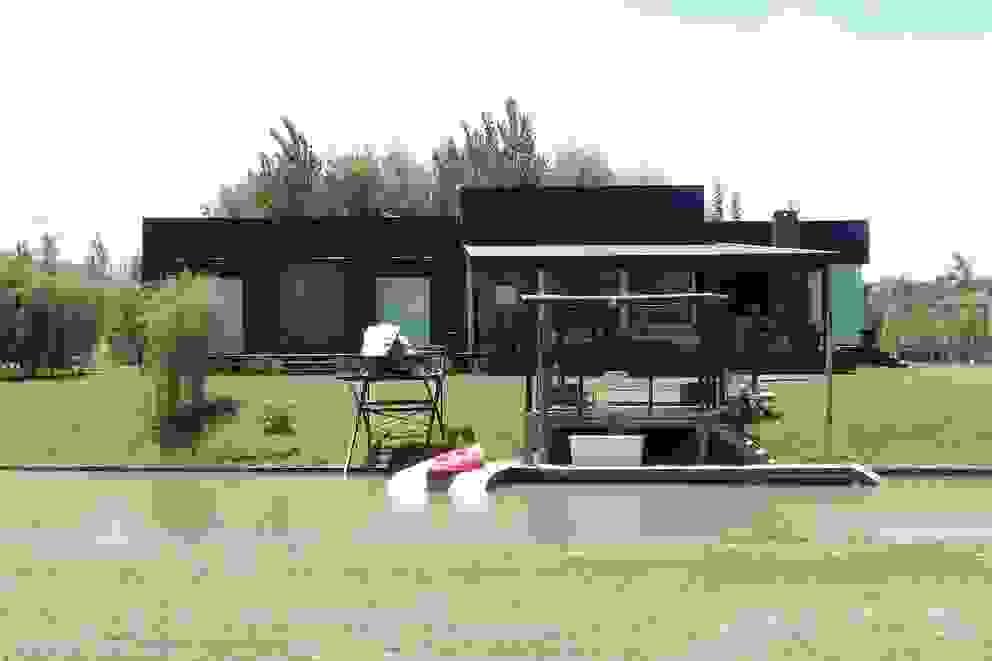 Casa en el Delta de 2424 ARQUITECTURA Moderno