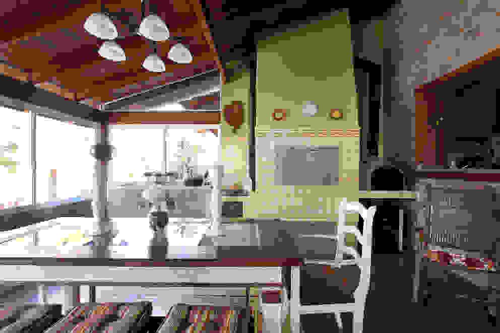 CASA DE CAMPO Graça Brenner Arquitetura e Interiores Casas rústicas