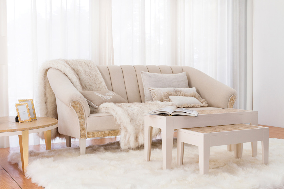 Camilla Living Room di Green Apple Home Style Eclettico