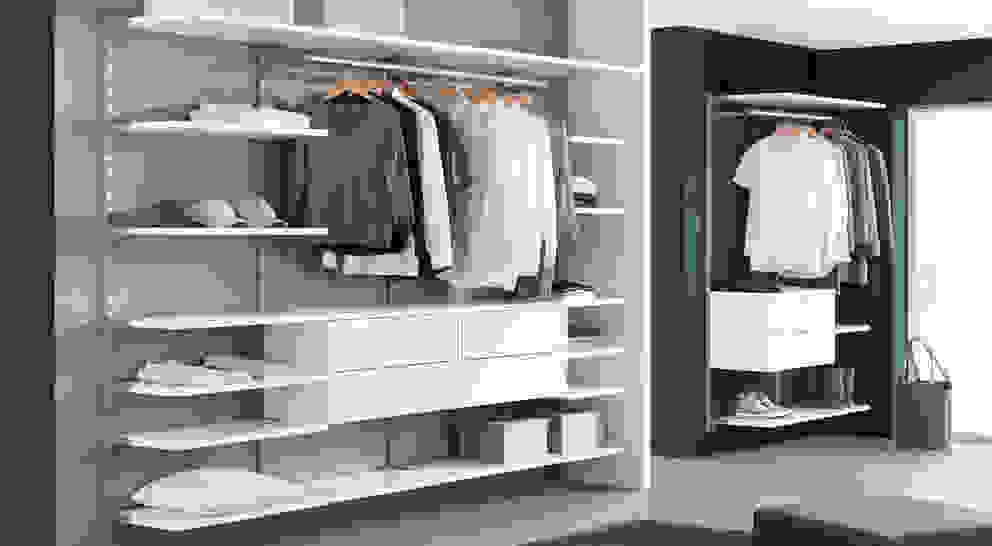 Closets  por Regalraum GmbH , Moderno