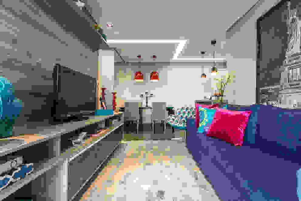 Gran Village Club Salas de estar modernas por Lo. interiores Moderno